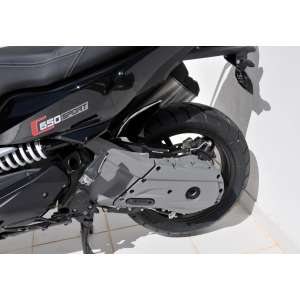 PARAFANGO  POSTERIORE ERMAX PER SCOOTER C 650 SPORT 2016 SILVER CARBON LOOK